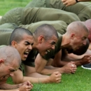 Top Marine approves planks as an alternative to crunches